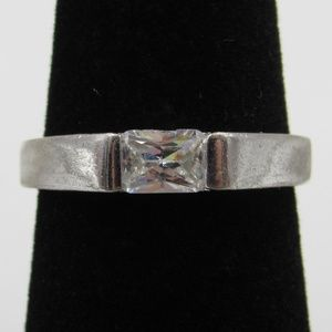 Vintage Size 6.75 Sterling Rustic Simple CZ Ring